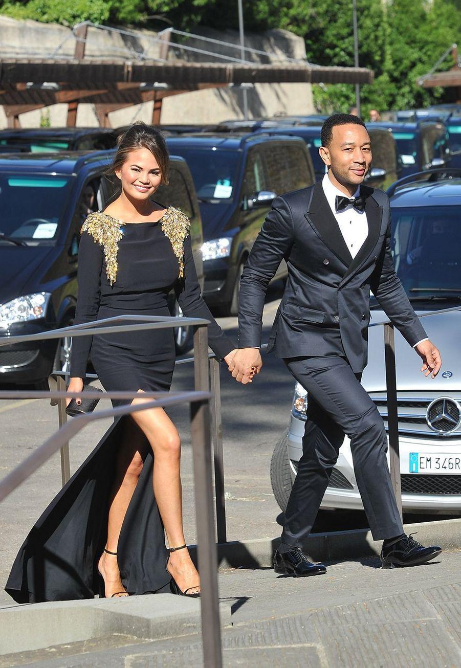 John Legend se rend au mariage de Kim Kardashian et Kanye West en 2014 à Florence