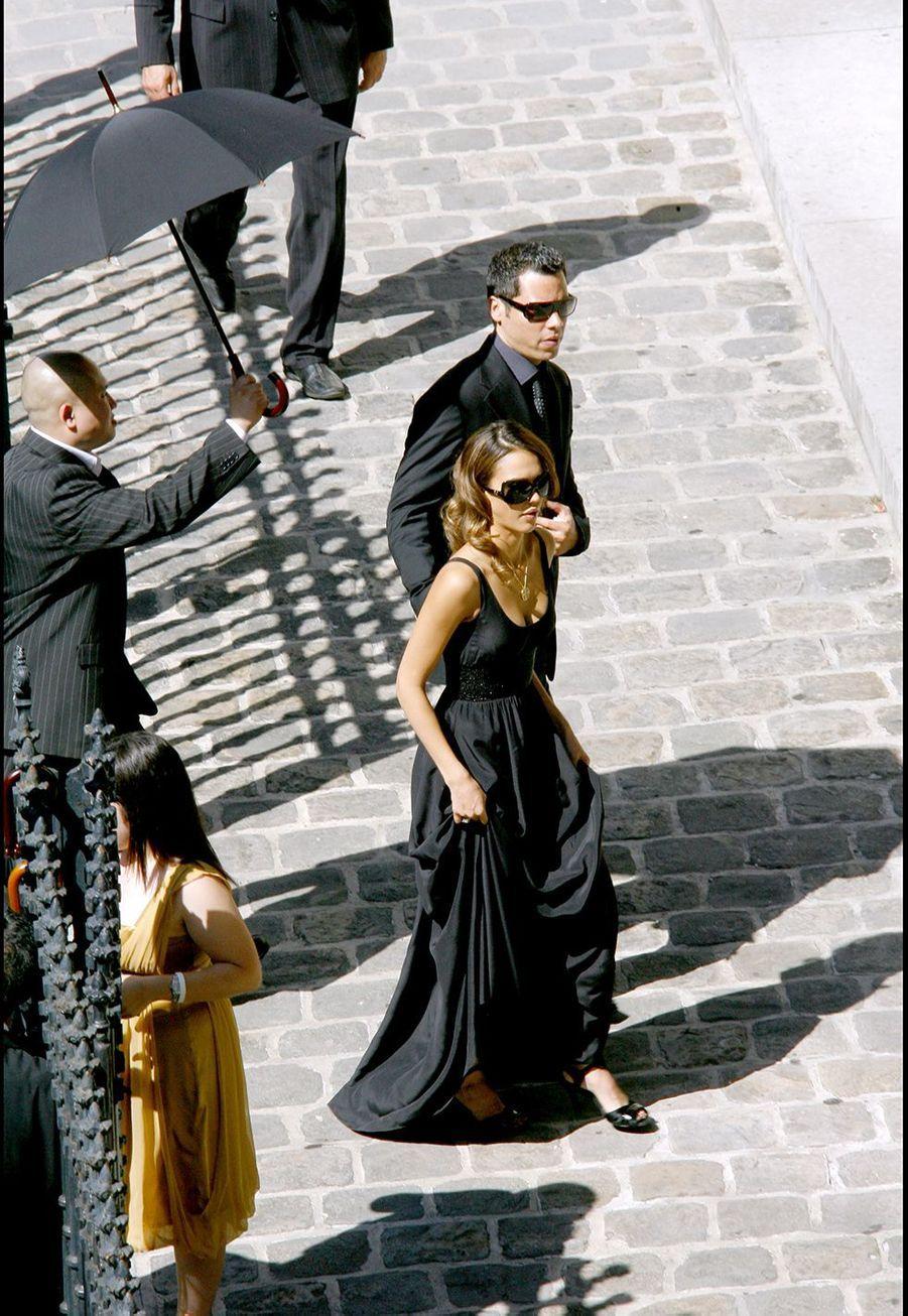 Jessica Albase rend au mariage d'Eva Longoria et Tony Parker à Paris en 2007.