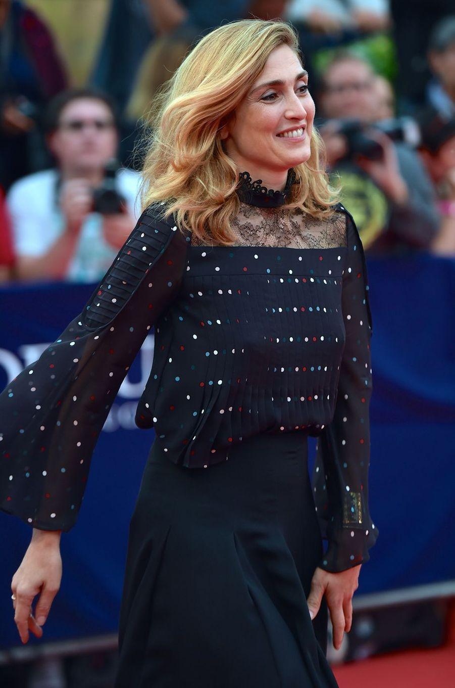 Julie Gayet lorsla soirée d'ouverture du 42èmefestival du cinéma américain de Deauville, le 2 septembre.
