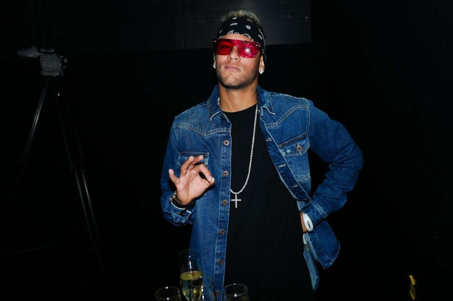 Neymar au défiléTommy Hilfiger