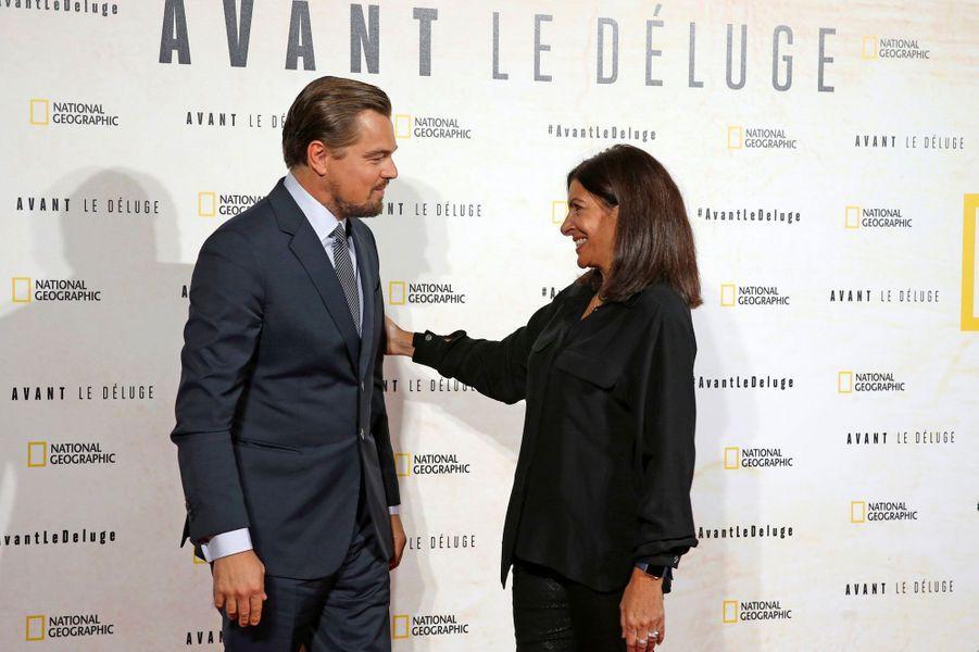 Leonardo DiCaprio et la maire de Paris Anne Hidalgo.