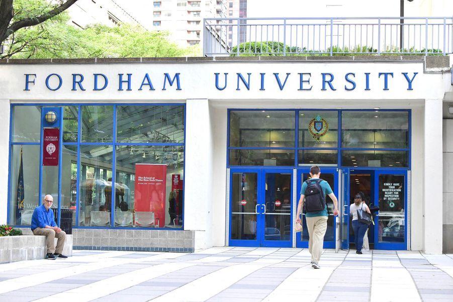 Katie Holmes et sa fille Suri Cruise ont visité Fordham University à New York le 5 août 2019