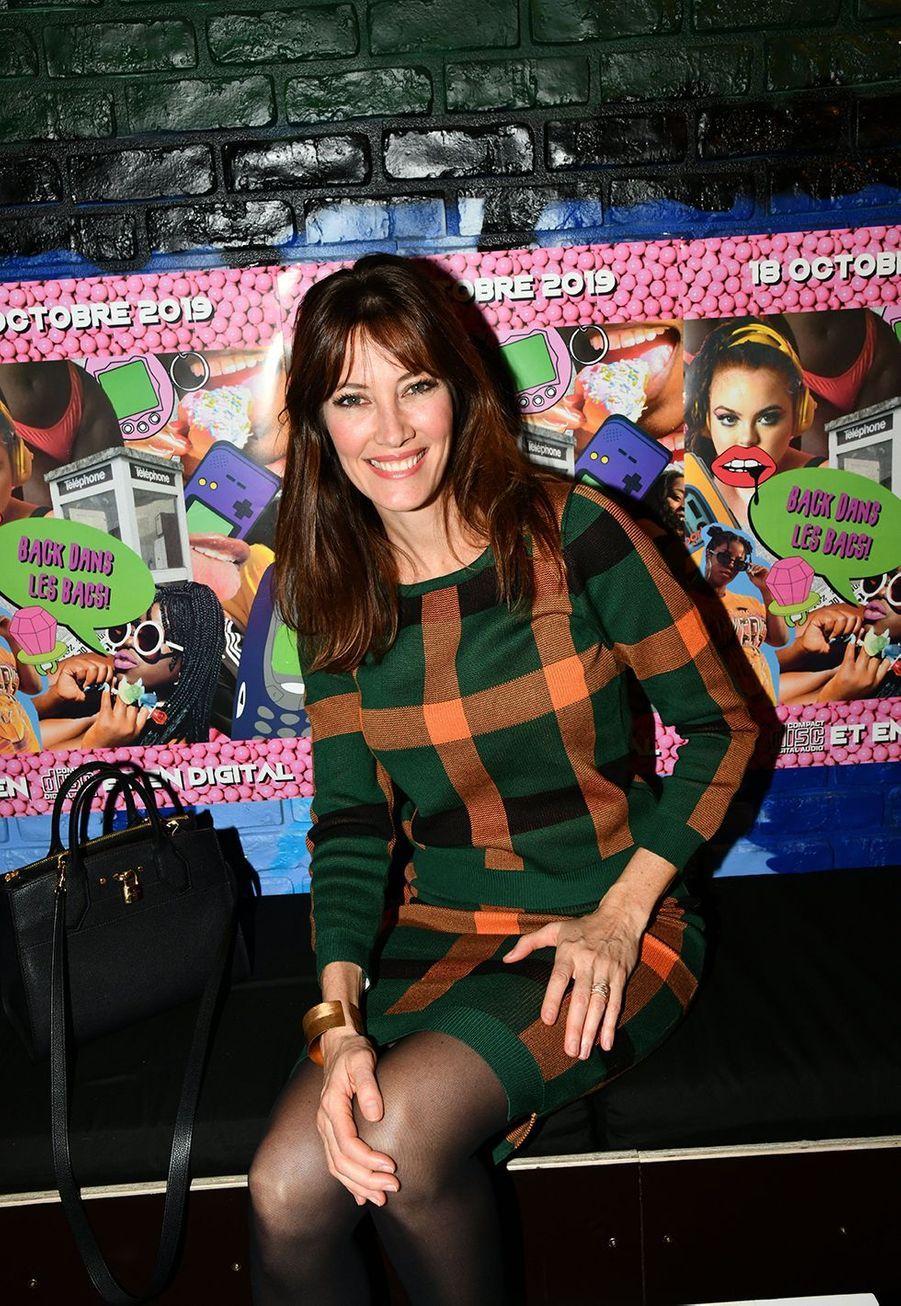 Mareva Galanter est comédienne, animatrice mais surtout chanteuse. Elle a sorti quatre albums depuis son lancement en 2006, le plus récemment opus étant celui des «Parisiennes» enregistré en 2018 avec avec Arielle Dombasle, Inna Modja et Helena Noguerra.