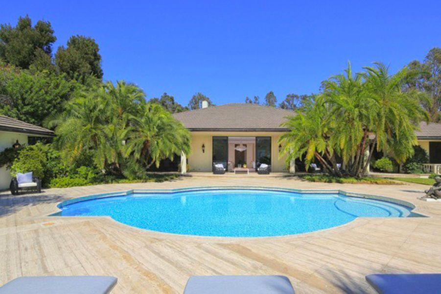 En vente : la maison d'Adam Levine et Behati Prinsloo à Holmby Hills, Californie