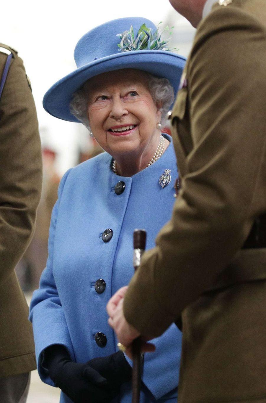 La Reine d'Angleterre touche 135.000 euros par jour!