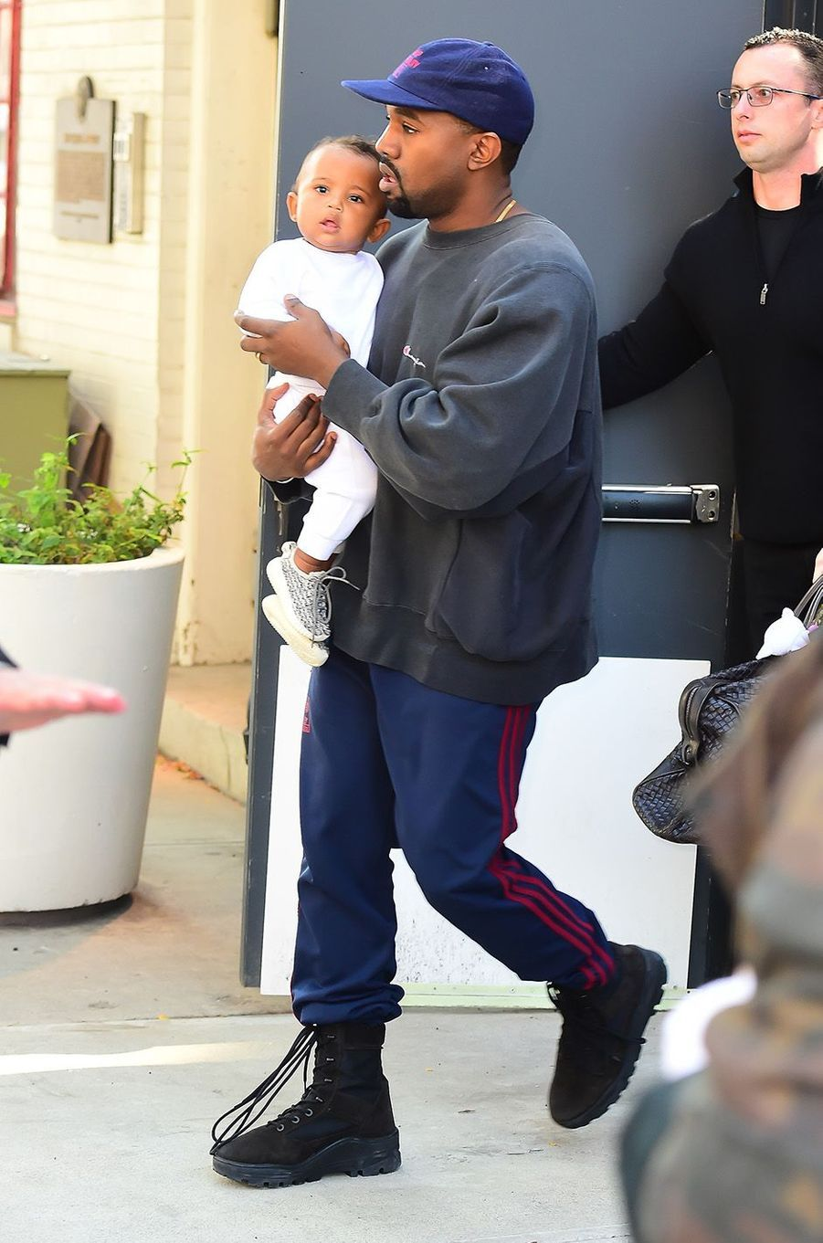 Kanye et Saint West à New York, le 6 octobre 2016.