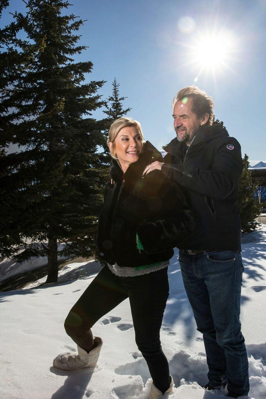 Michèle Laroque et Stéphane De Groodt, mari et femme dans « Chacun chez soi », réalisé par Michèle Laroque.
