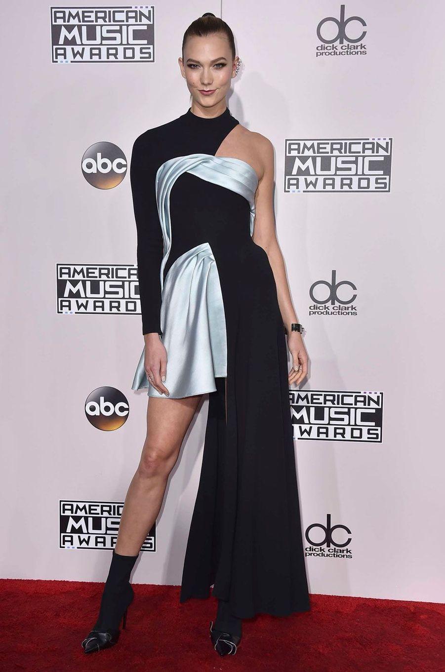 Karlie Klossaux American Music Awards