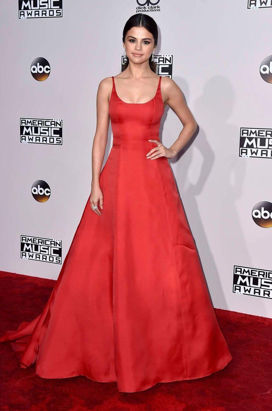 Selena Gomez aux American Music Awards