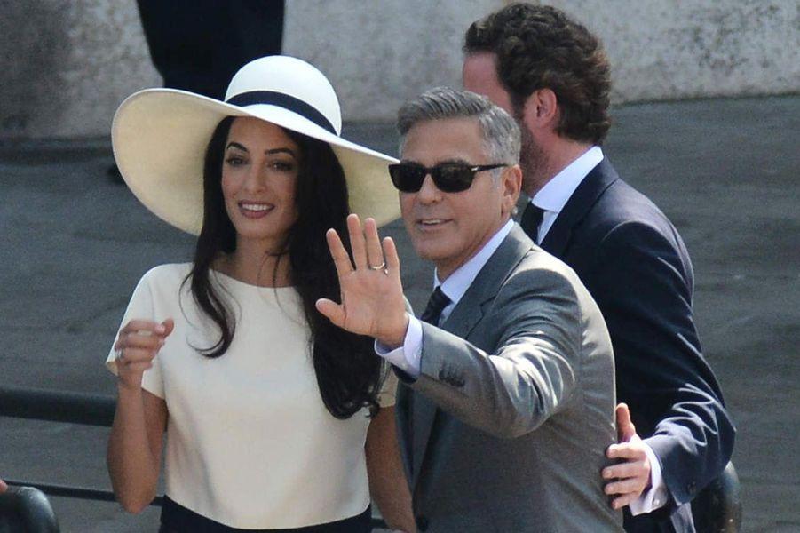Le mariage civil de George et Amal Clooney.