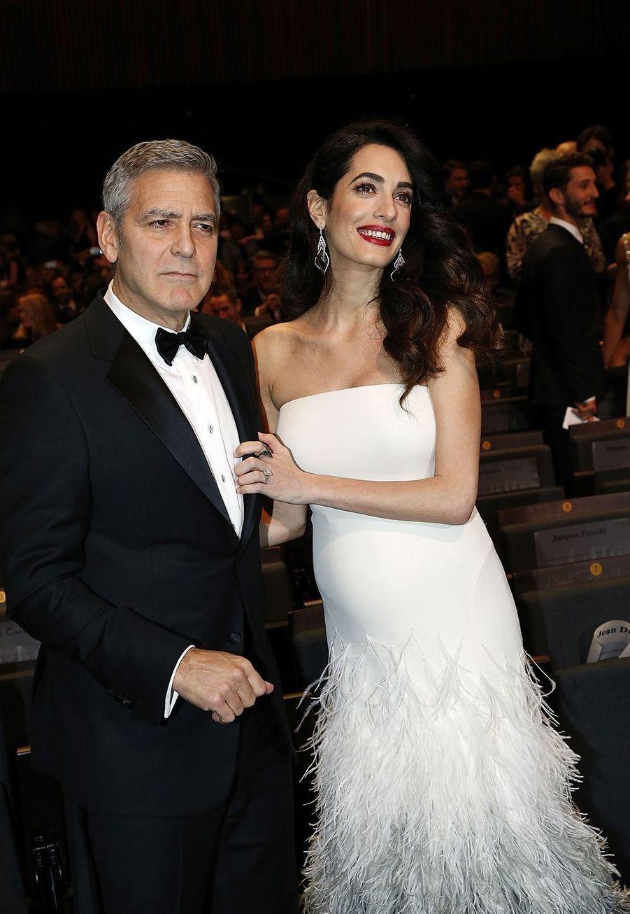 Amal et George Clooney à la cérémonie des César à Paris en février 2017