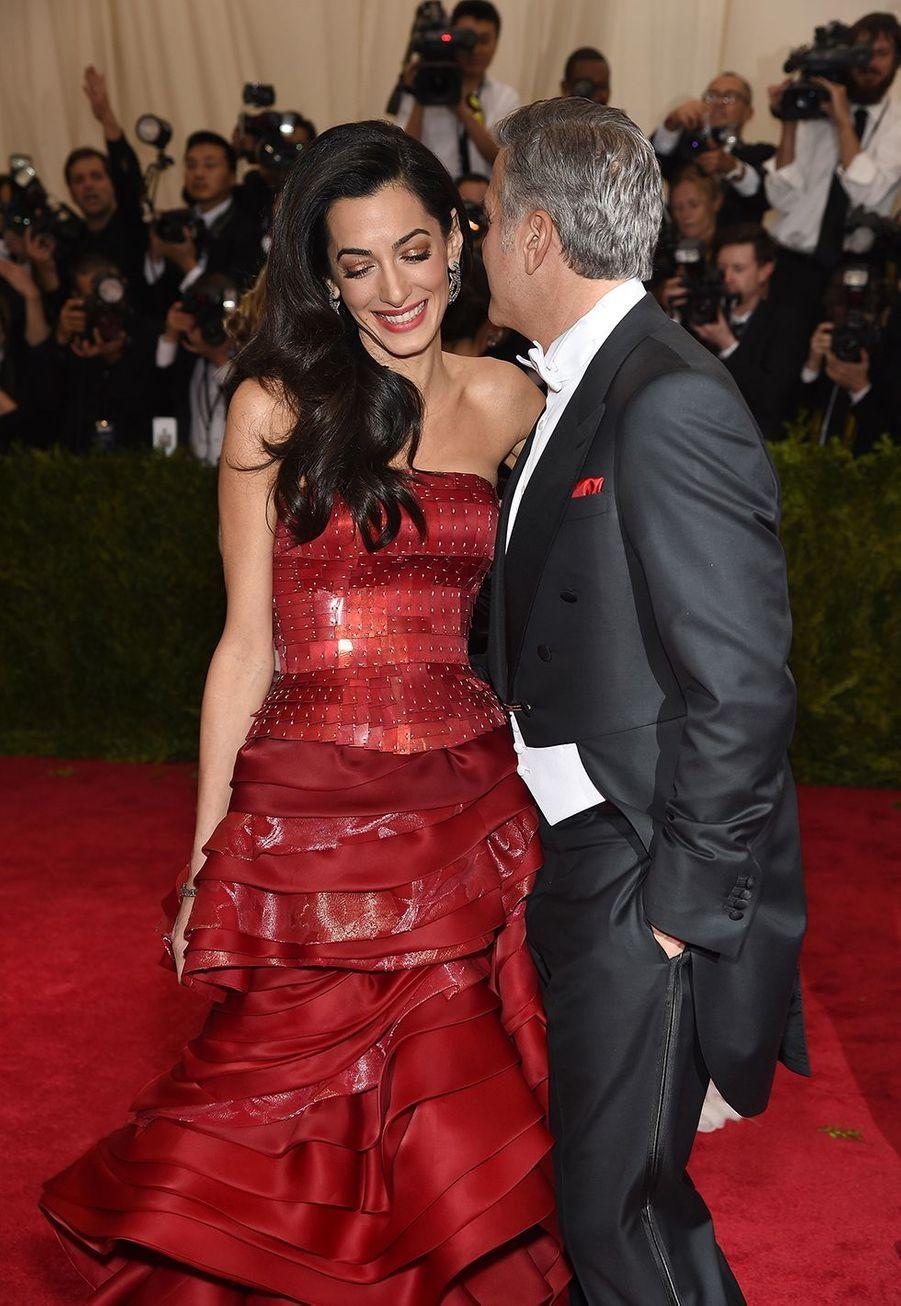 Amal et George Clooney au gala du MET à New York en mai 2015
