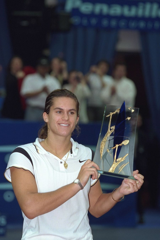 Amélie Mauresmo à Paris, le 28 février 1999