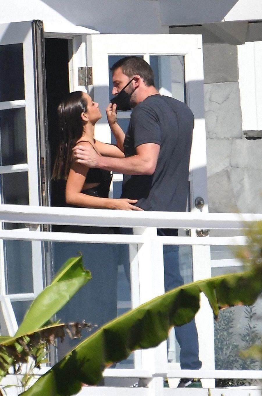 Ana de Armas et Ben Affleck à Malibu le 10 août 2020