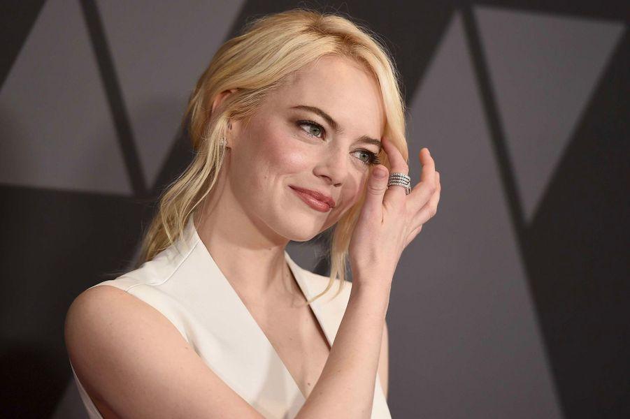 Emma Stone aux Governors Awards à Los Angeles, samedi 11 novembre