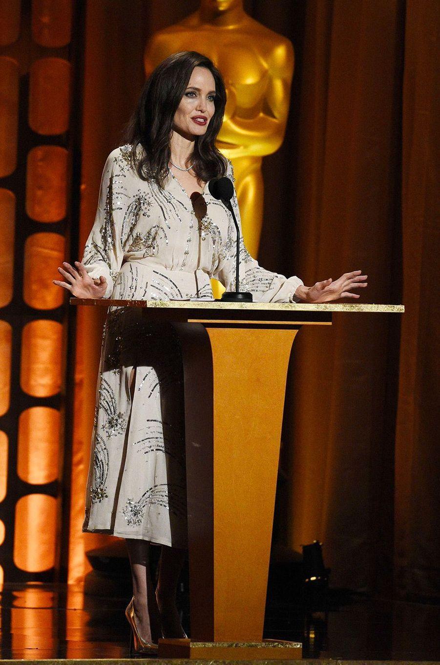 Angelina Jolie aux Governors Awards à Los Angeles, samedi 11 novembre