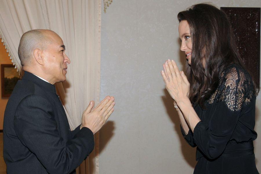 Angelina Jolie et le roi du Cambodge, le 18 février 2017.