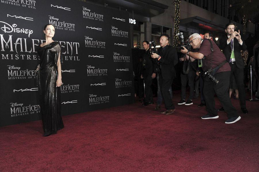 Angelina Jolie à l'avant-première de «Maléfique 2» à Los Angeles le 30 septembre 2019