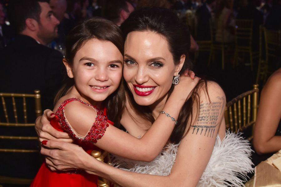 Angelina Jolie et Brooklynn Prince aux Critics Choice Awards