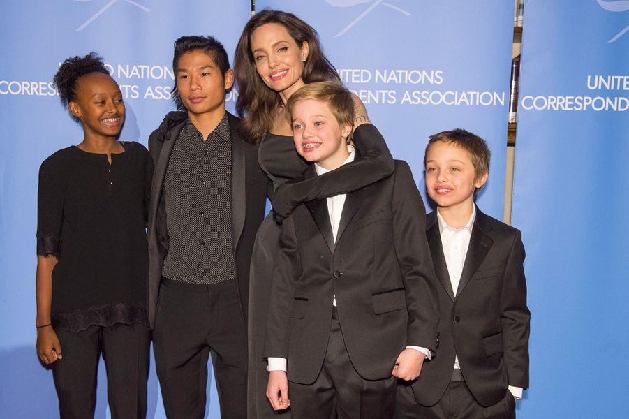 Angelina Jolie et ses enfants, Zahara, Pax, Vivienne et Shiloh