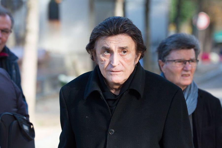 Dick Rivers aux obsèques de Philippe Gildas au Père Lachaise, à Paris, lundi 5 novembre