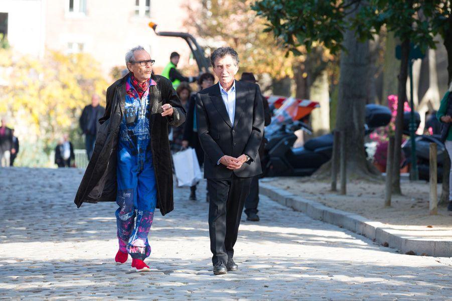 Jack Lang aux obsèques de Philippe Gildas au Père Lachaise, à Paris, lundi 5 novembre