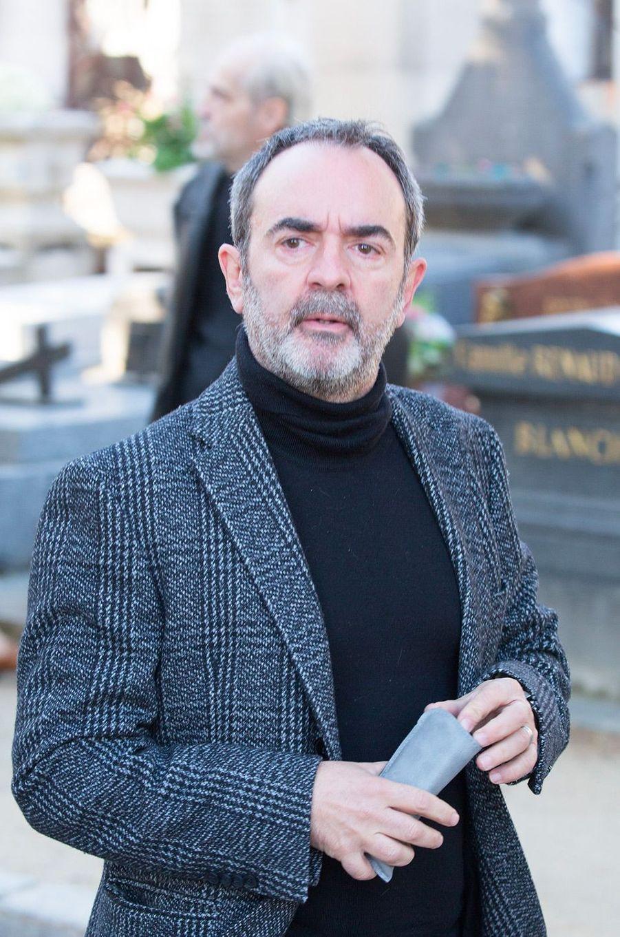 Bruno Solo aux obsèques de Philippe Gildas au Père Lachaise, à Paris, lundi 5 novembre