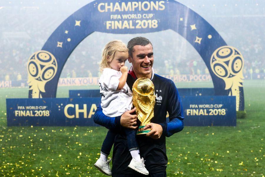 Antoine Griezmann et sa fille Mia