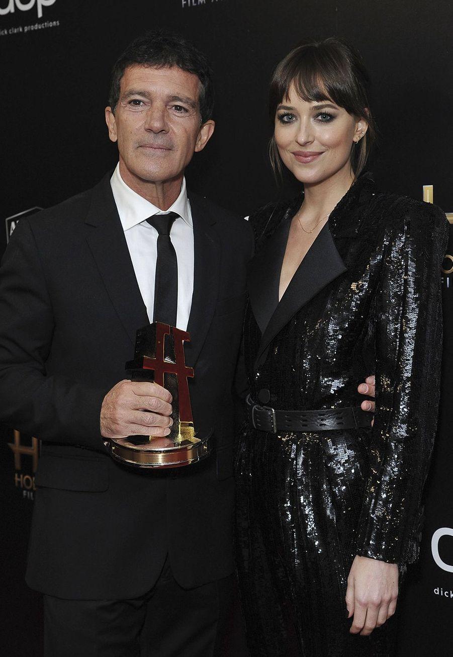 Antonio Banderas et Dakota JohnsonauxHollywood Film Awards à Los Angeles le 3 novembre 2019