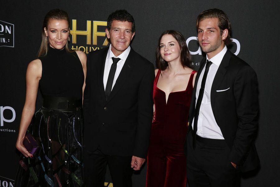 Nicole Kempel, Antonio Banderas, Stella Banderas et Eli MeyerauxHollywood Film Awards à Los Angeles le 3 novembre 2019