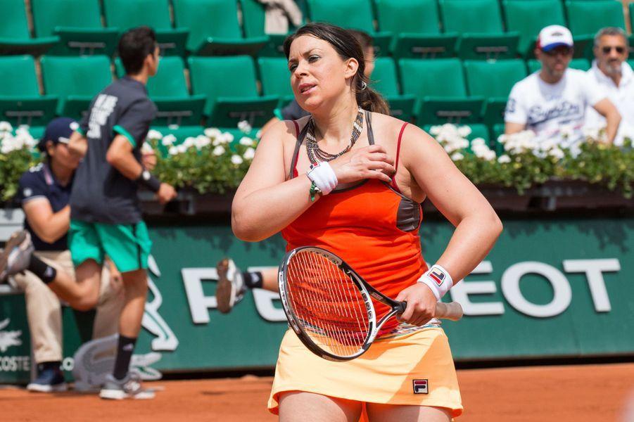Marion Bartoli sur les courts de Roland Garros, le 7 juin 2017.