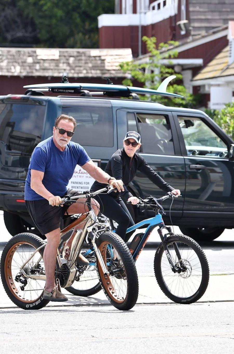 Arnold Schwarzenegger et Heather Milliganà Los Angeles le 21 juin 2020.