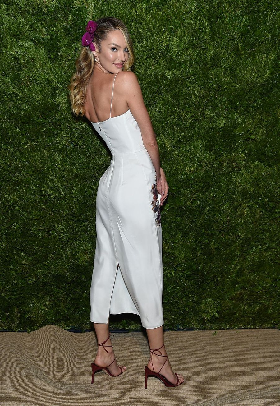 Candice Swanepoel aux CFDA Vogue Fashion Fund Awards à New York le 4 novembre 2019