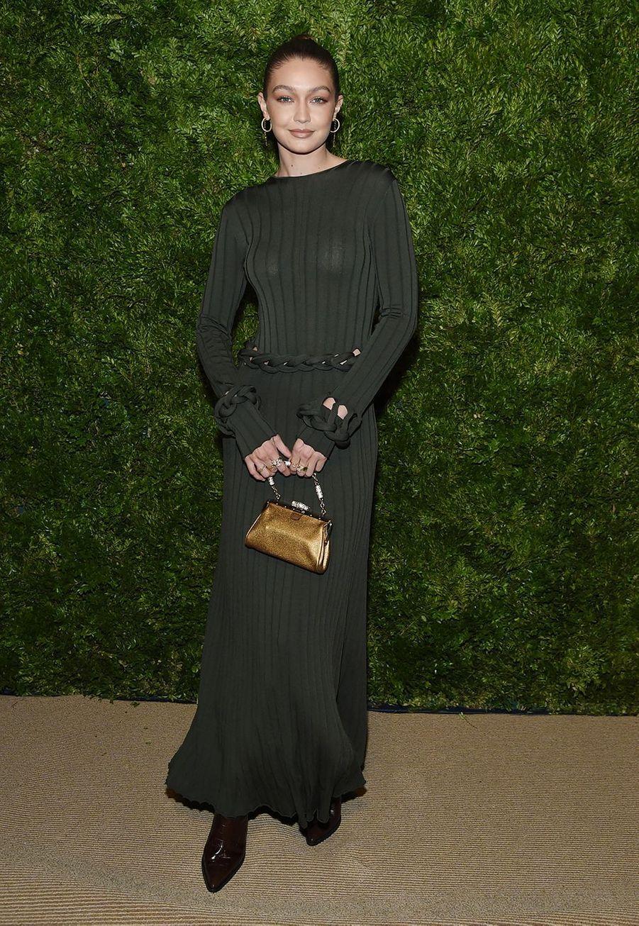 Gigi HadidauxCFDA Vogue Fashion Fund Awards à New York le 4 novembre 2019