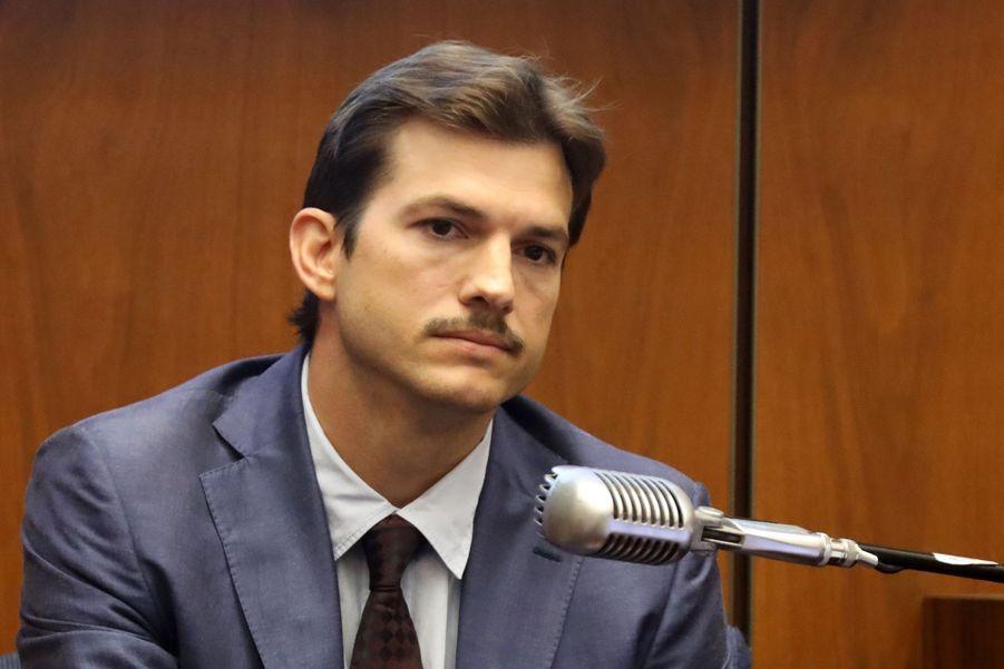 Ashton Kutcher témoigne dans un procès pour meurtre