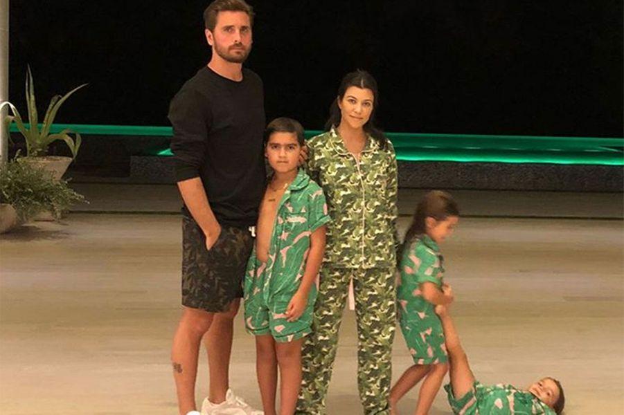 Kourtney Kardashian, son ex compagnon Scott Disick et leurs trois enfants