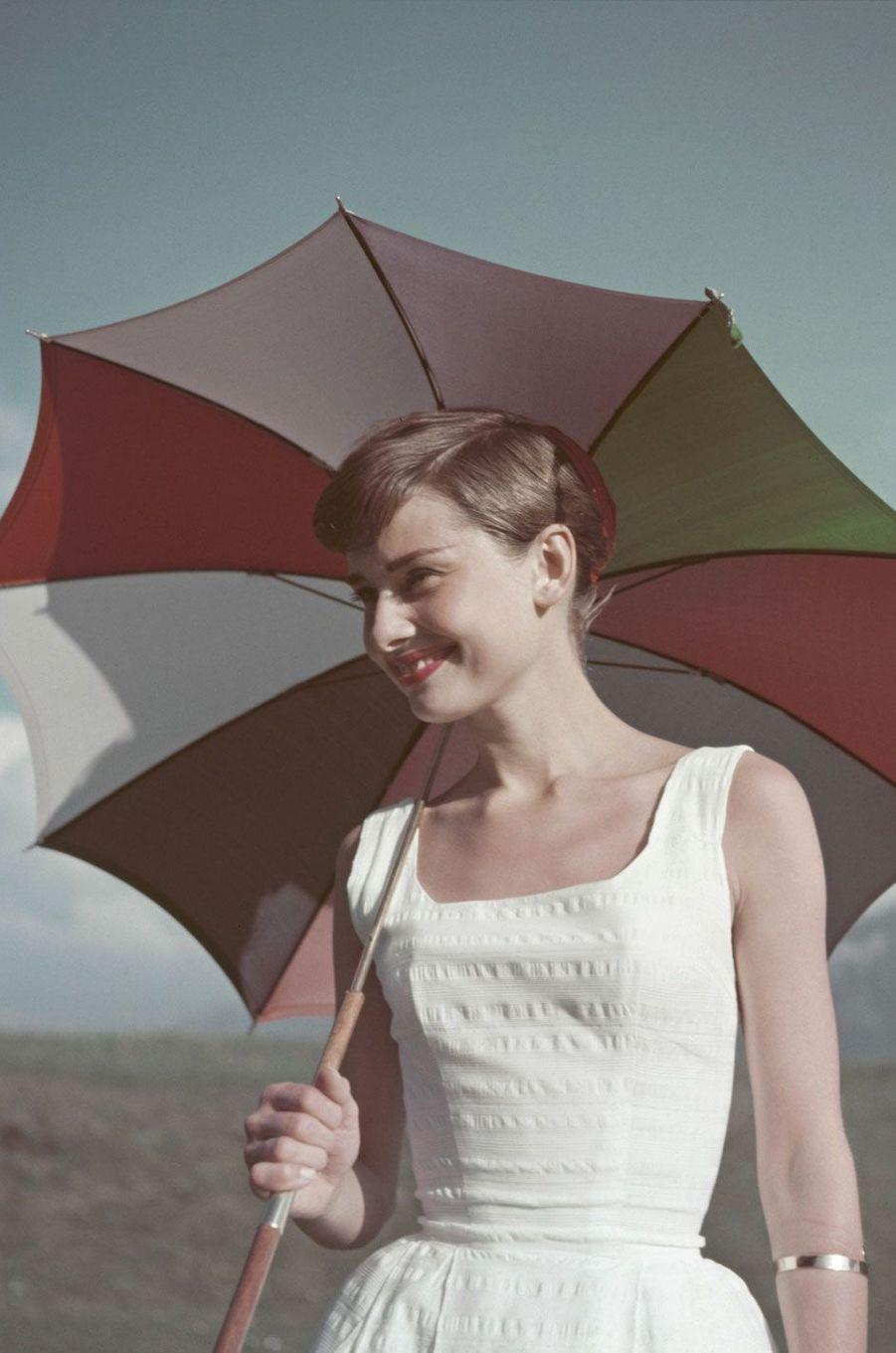 Audrey hepburn 1954(4)