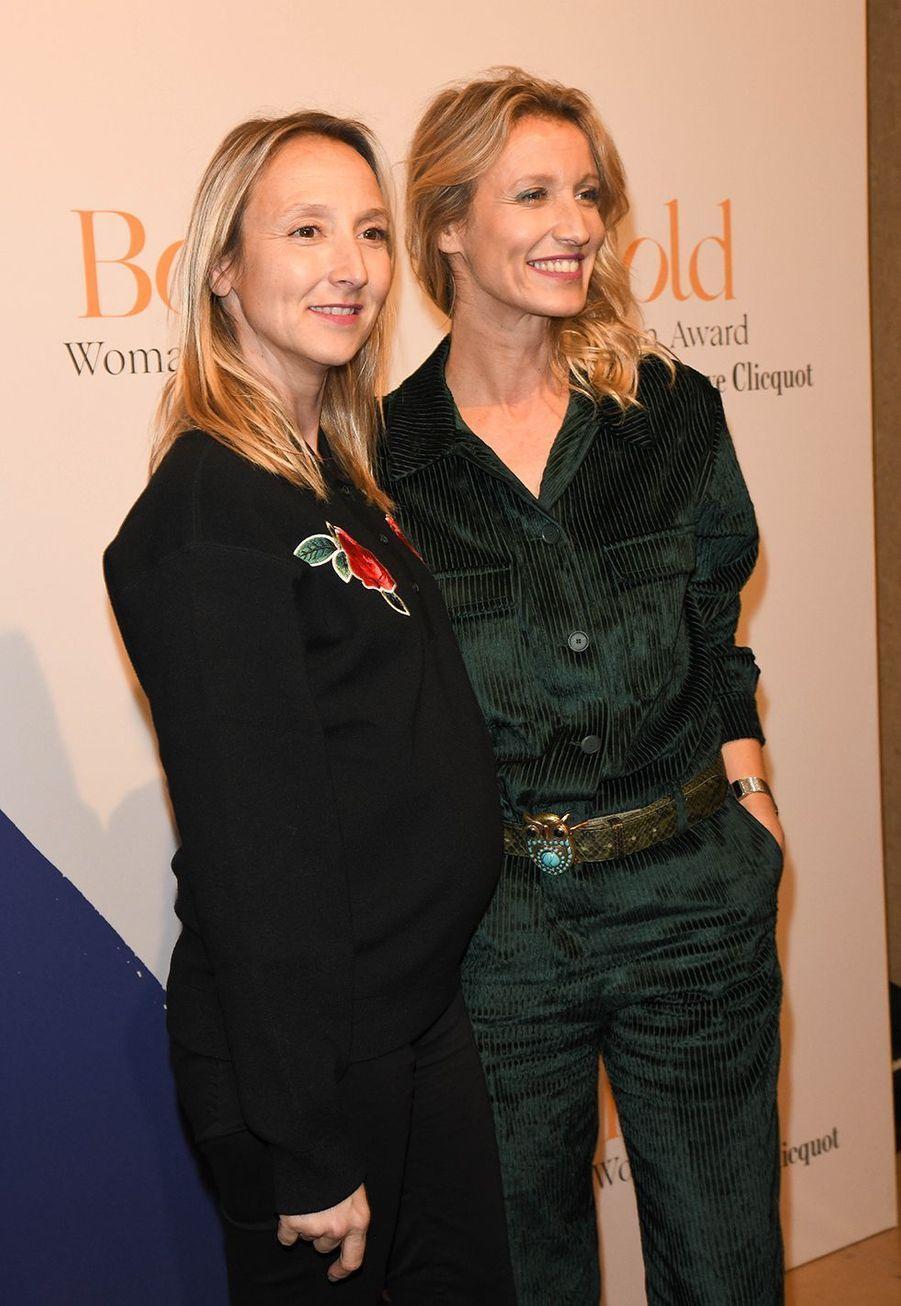 Audrey Lamy enceinte et Alexandra Lamylors desBold Woman Awards à Paris le jeudi 14 novembre2019.