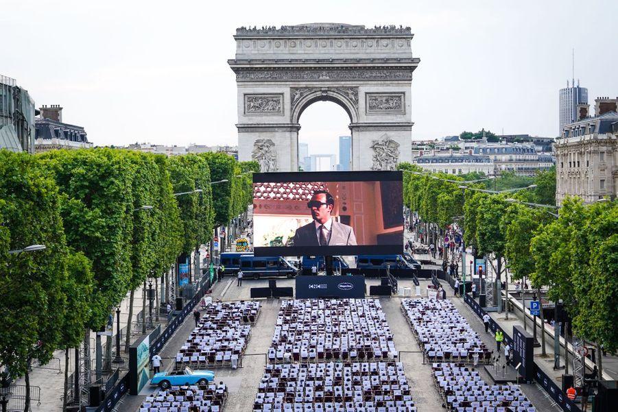 Photo d'ambiance des Champs-Elysées à Paris le 7 juillet 2019 pour la nouvelle édition d'«Un Dimanche au Cinéma»