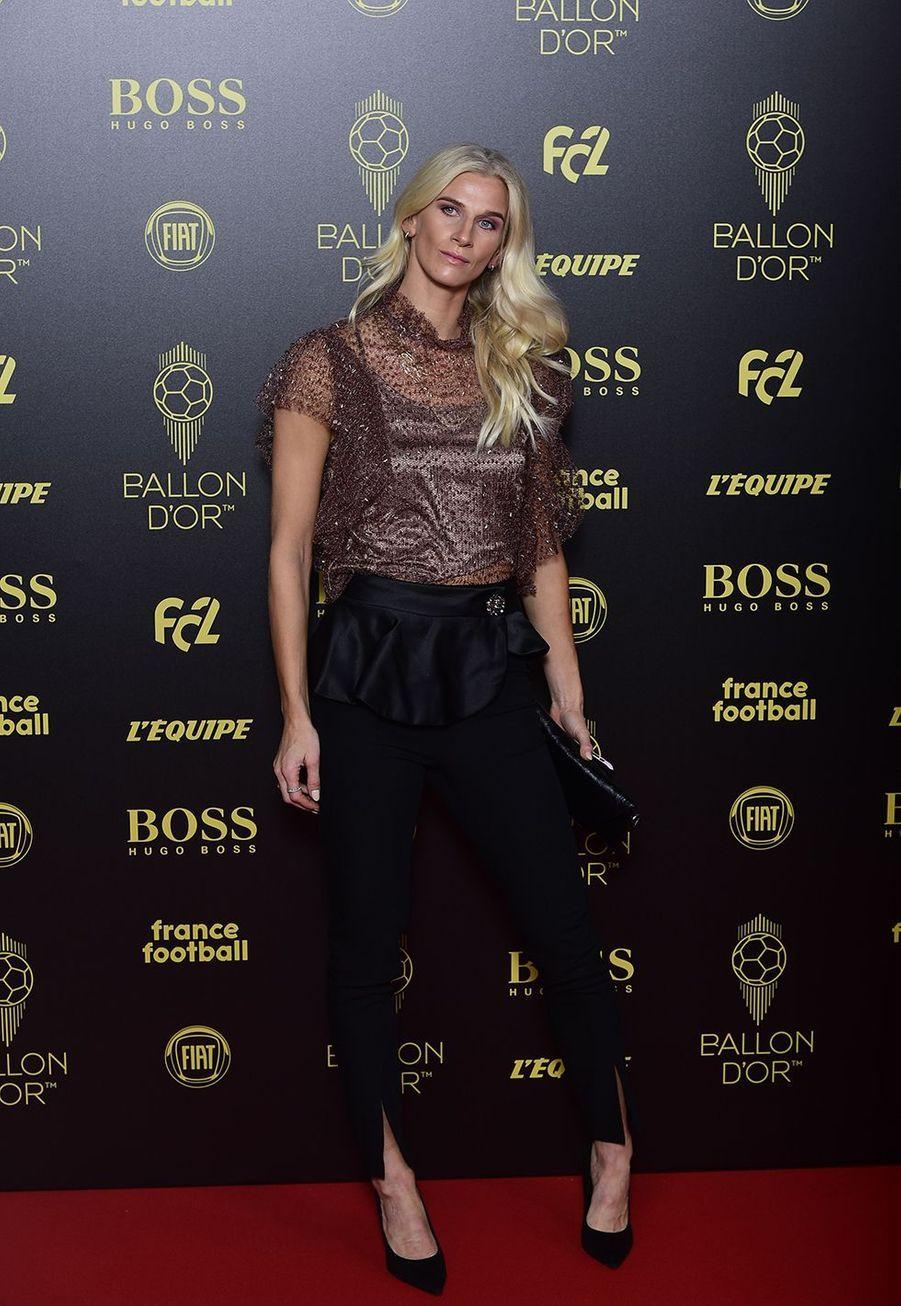 Sofia Jakobssonà la cérémonie du Ballon d'Or 2019 à Paris le 2 décembre 2019