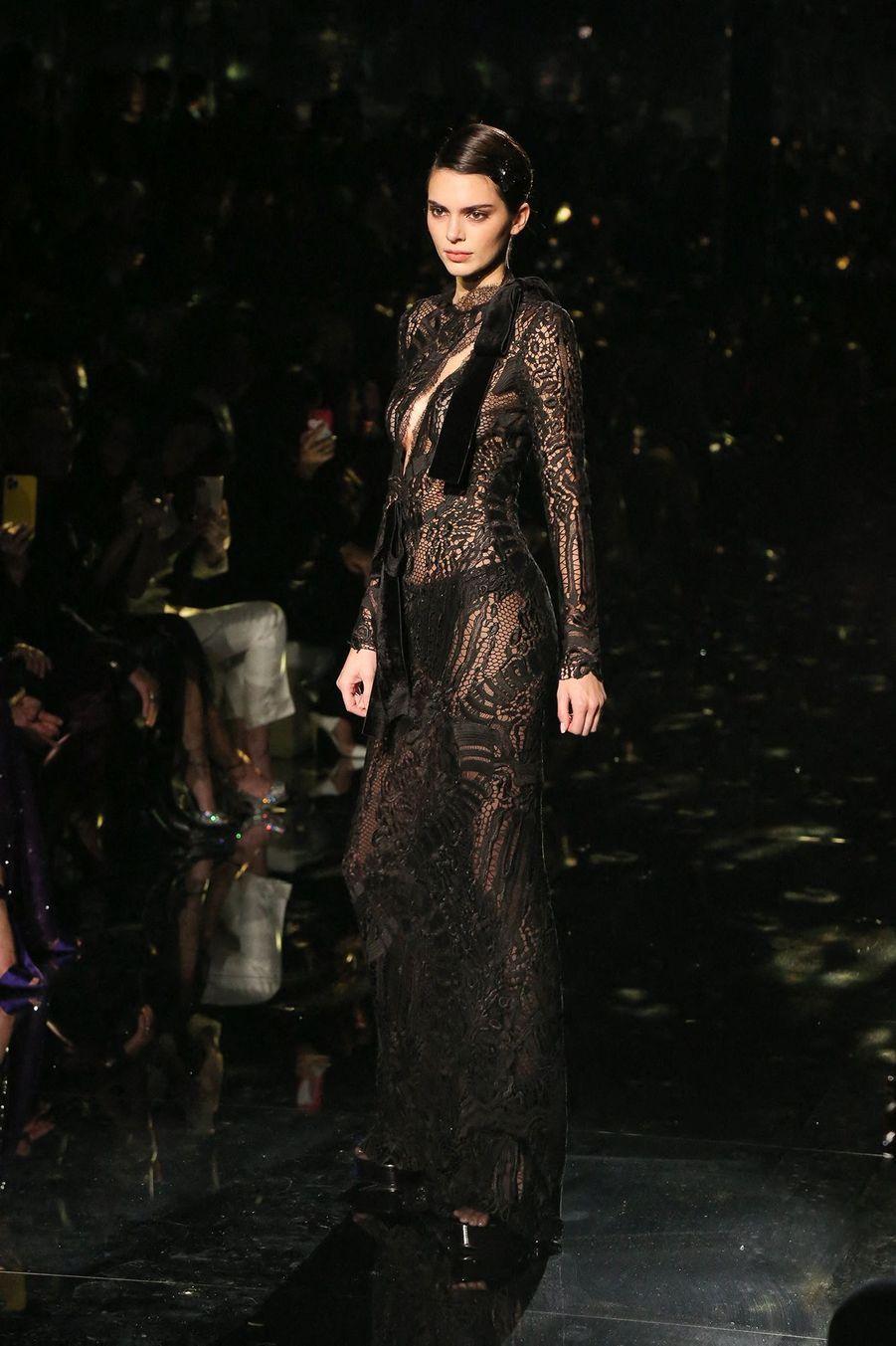 Kendall Jenner, vendredi 8 février à Los Angeles, au défilé Tom Ford.