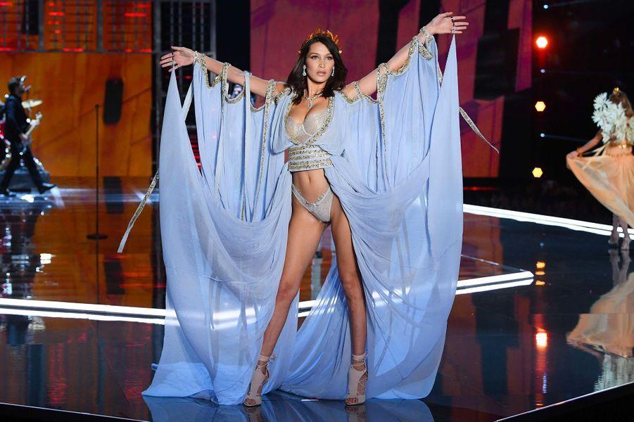Bella Hadid au Victoria's Secret Fashion Show à Shanghai