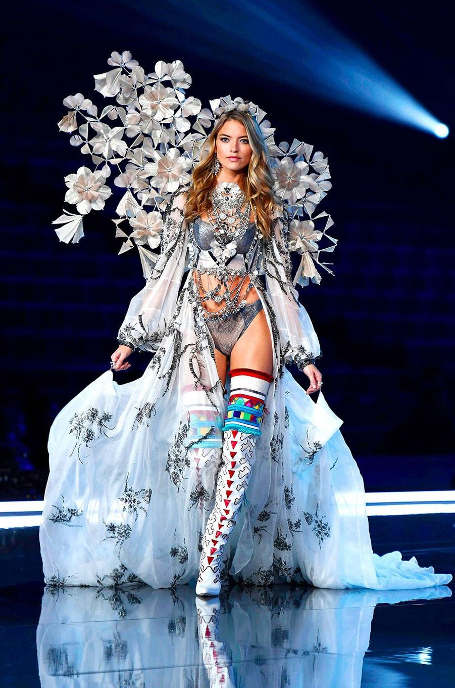 Martha Hunt au Victoria's Secret Fashion Show à Shanghai
