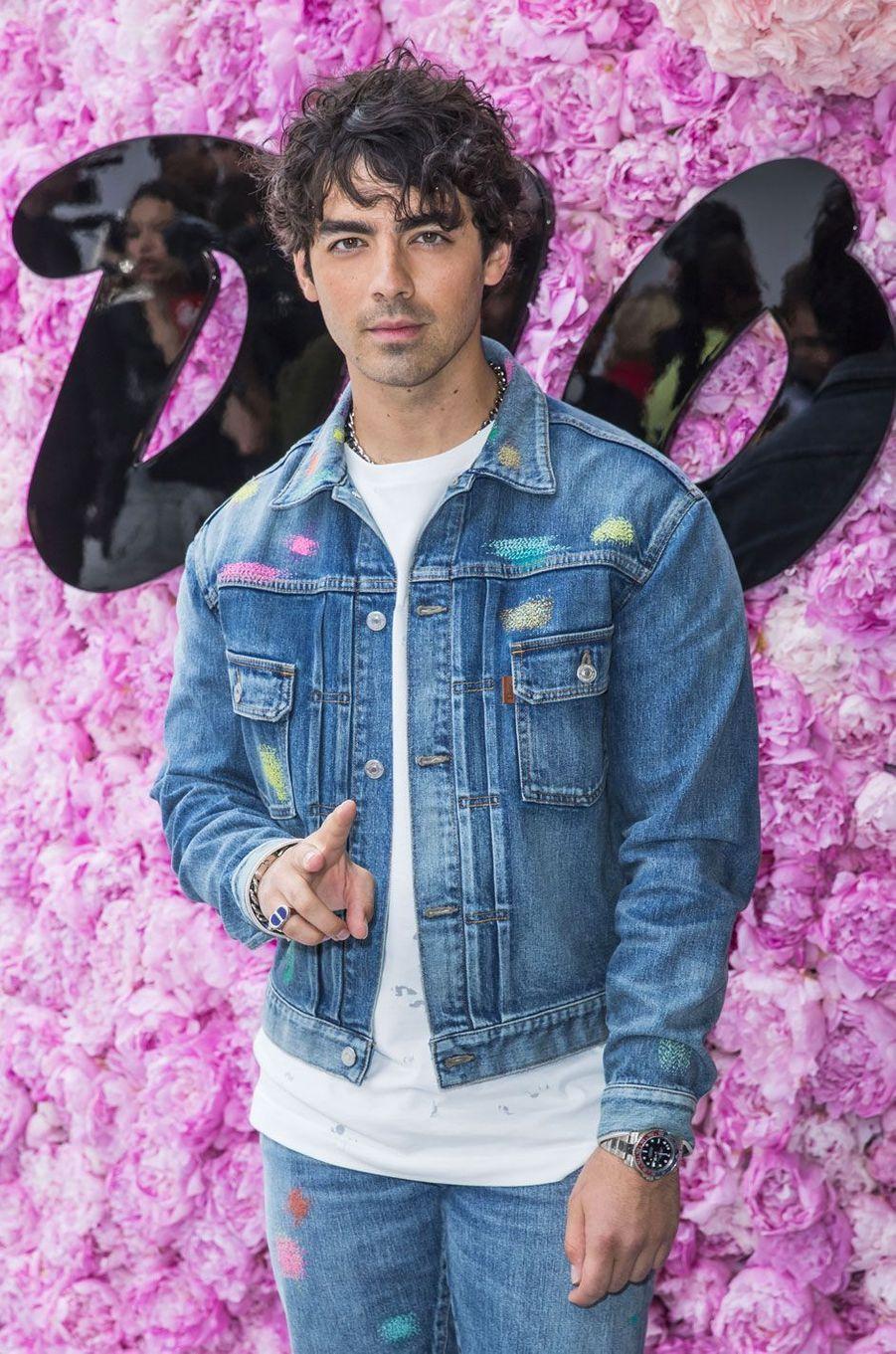 Joe Jonas au défilé Dior Homme, à Paris le 23 juin 2018