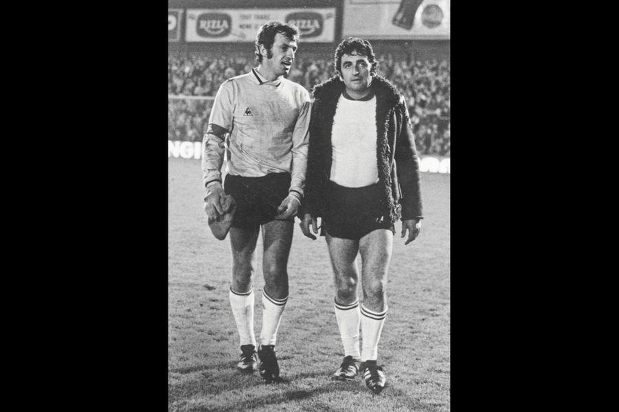 Partie de foot entre copains : ici, avec Mario David.