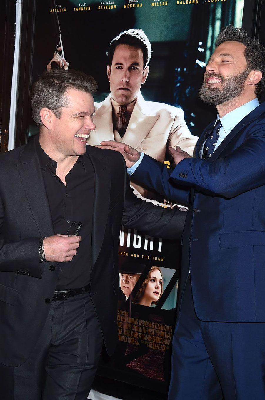 """Ben Affleck et Matt Damon à l'avant-première de """"Live By Night"""" à Los Angeles"""