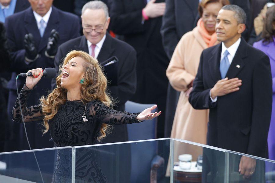 Beyoncé chante pour l'investiture de Barack Obama, en janvier 2013.