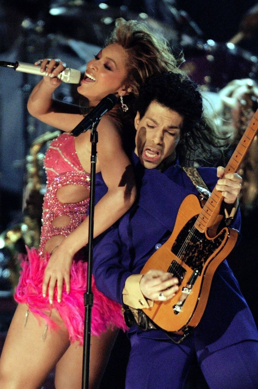 Duo entre Beyoncé et Prince aux Grammy Awards, en février 2004.
