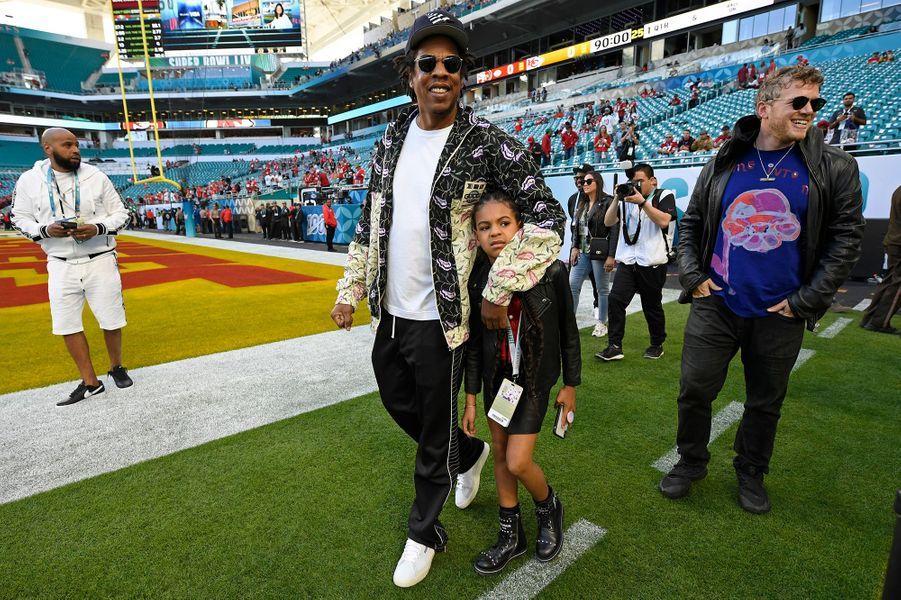 Jay-Z et sa fille Blue Ivy lors du Super Bowl à Miami le 2 février 2020