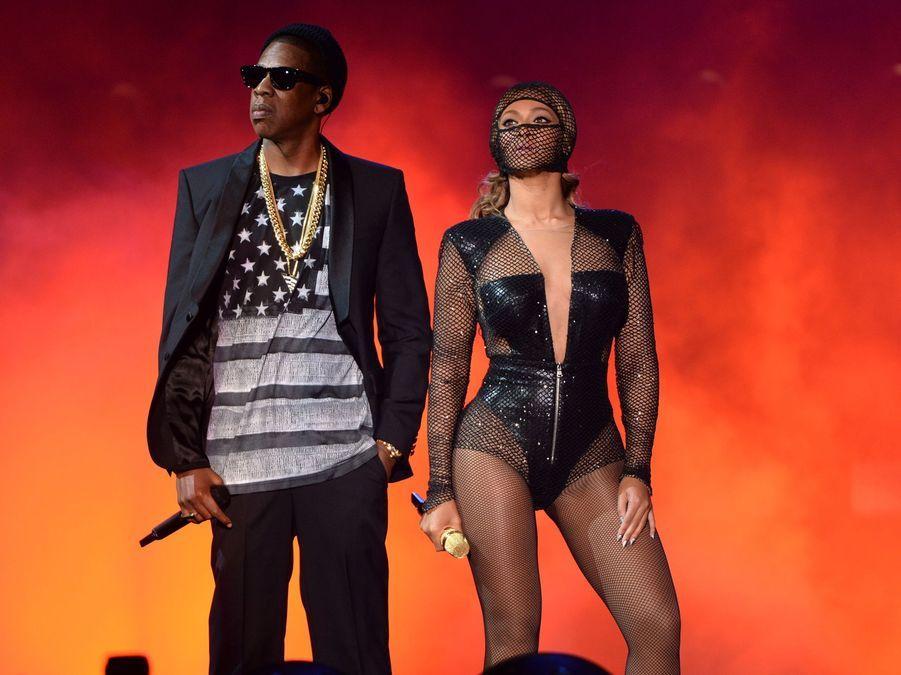 Jay-Z et Beyoncé lors d'un concert de leur tournée «On The Run» dans le New Jersey en 2014